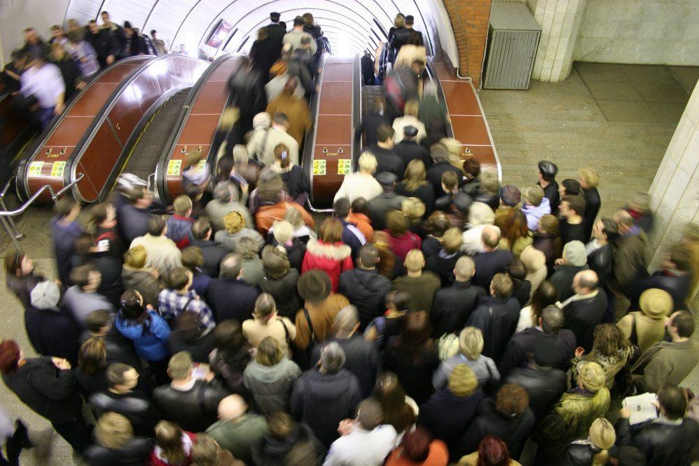 sustentabilidade-em-compras-multidão