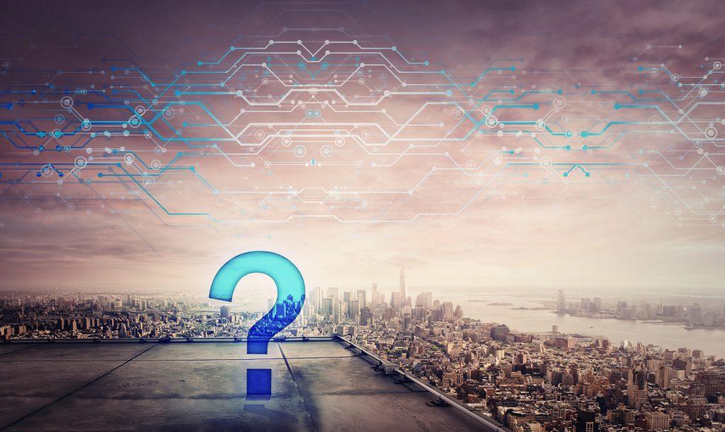 Interrogação demonstrando a dúvida que diferencia a transformação digital com a maturidade digital.