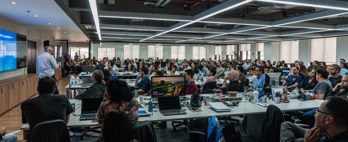 Mercado Eletrônico anuncia novas vagas em São Paulo e no México
